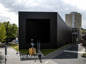 Gregor Schneider, Museum Abteiberg, Burkhard Maus