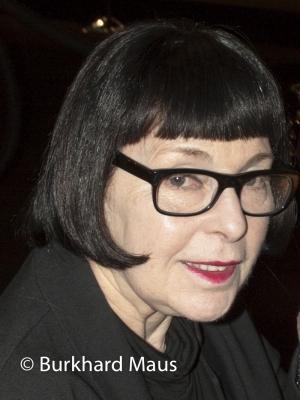 Roxanne Lowit