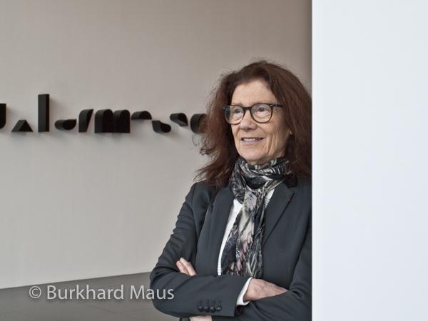 """Tania Mouraud, """"Frise IV, deuxlarmessont suspenduesàmesyeux"""" (détail), (Portrait), Centre Pompidou-Metz, Metz"""