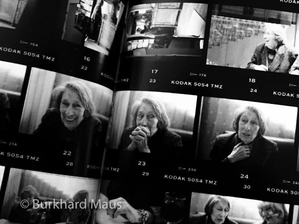 """Christine Ljubanovic ( © ) - aus: """"conversation portraits /photo-suites 1974 - 2014"""" / Gisèle Freund (détail)"""