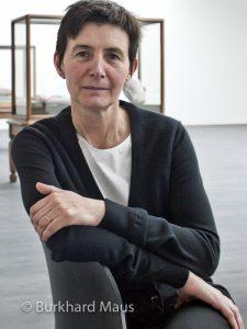 Berlinde de Bruyckere, Portrait in der Ausstellung in Antwerpen 2014