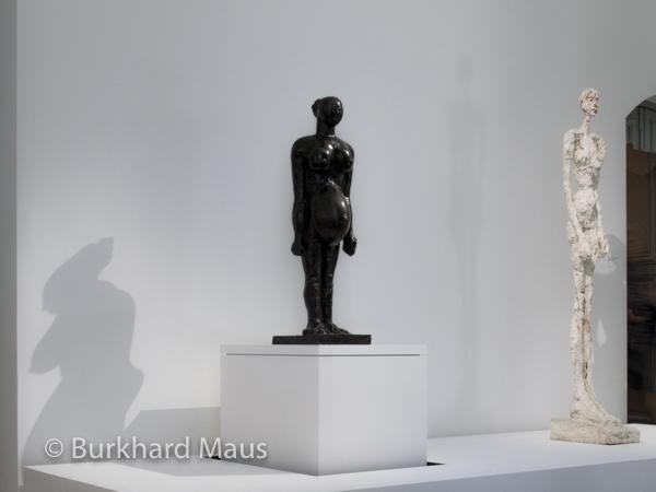 """Pablo Picasso """"La Femme enceinte, deuxième ètat"""" (l.), Alberto Giacometti """"Grande Femme"""" (r.), Musée Picasso Paris"""