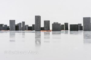 """Carl Andre """"La sculpture comme lieu, 1958-2010""""(détail) - Musée d'Art moderne de la Ville de Paris"""