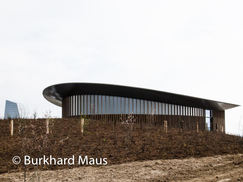 Thomas Schütte, Skulpturenhalle (Aussenansicht)