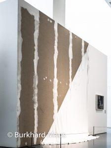 "Hinter dem Vorhang, Museum Kunstpalast, Gerhard Richter ""Schwestern"" (r.), Julia Gruner ""Das Randall"" (l.)"