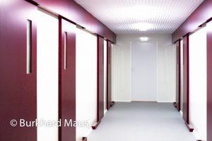 """Gregor Schneider, """"Weiße Folter und Schwarzes Quadrat"""" (détail) / """"Wand vor Wand"""", Bundeskunsthalle"""
