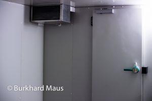 """Gregor Schneider, """"Kühlraum"""" (détail) / """"Wand vor Wand"""", Bundeskunsthalle"""