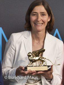 Susanne Gaensheimer (Portrait)