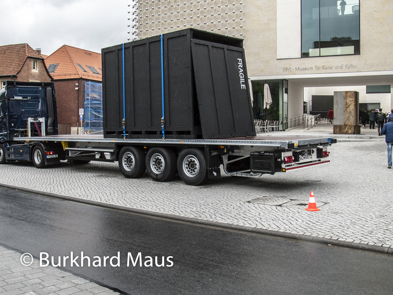 "Cosima von Bonin / Tom Burr, ""Benz Bonin Bur"", Skulptur Projekte Münster 2017"
