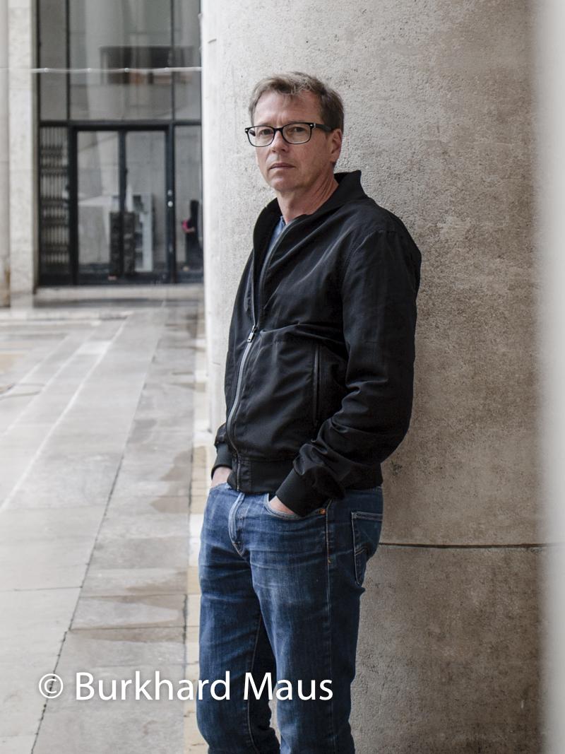 Arno Gisinger, (Portait)
