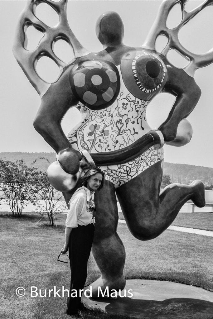 Niki de Saint Phalle, (Portrait), Kunst- und Ausstellungshalle der Bundesrepublik Deutschland