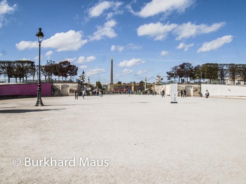 """Claude Viallat, """"Sans tritre"""" (détail, l., r.), Foire Internationale d'Art Contemporain (FIAC) 2017: Hors les murs – Jardin des Tuileries, Paris"""