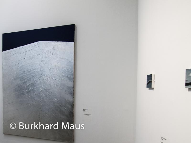 """Musée d'Art Moderne de la Ville de Paris, Anna-Eva Bergman, """"N° 45- 1071 Crête de montagne"""" (l.), """"N° 39- 1980""""(m.), Donation Anna-Eva Bergman, Paris"""