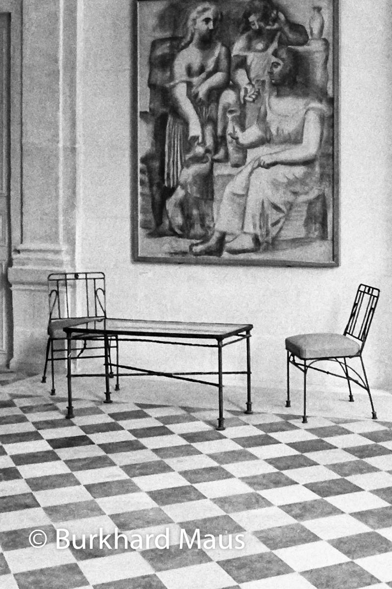 """Musée national Picasso-Paris, Pablo Picasso, """"Trois femmes à la fontaine"""", Möbel von Diago Giacometti, Paris"""