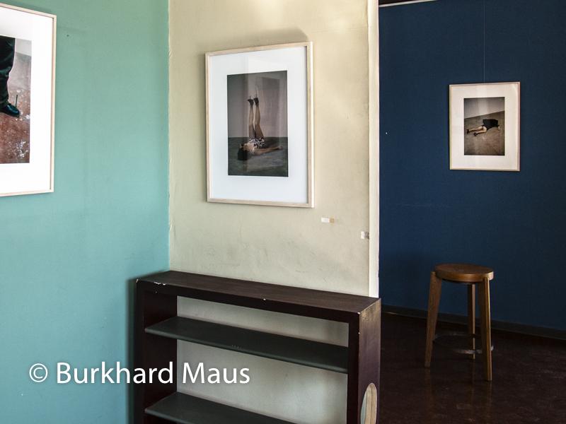 Erwin Wurm, One Minute Sculptures, (détail), Ville Le Lac Le Corbusier, Biennale des arts visuels – Festival Images Vevey, Corseaux