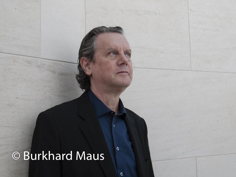 Jeff Wall, (Portrait), MUDAM, Museum d'Art moderne Grand-Duc Jean, Luxembourg