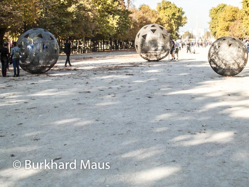 """Vladimir Skoda, """"Sphère de Ciel - ciel de sphères"""", Foire Internationale d'Art Contemporain (FIAC) 2018: Hors les murs – Jardin des Tuileries, Paris"""