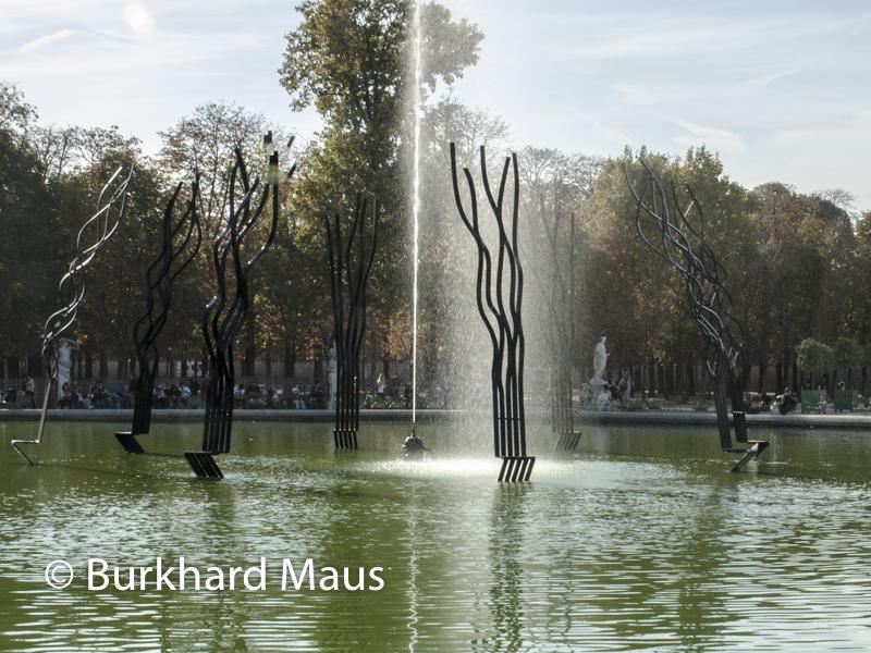 """Pablo Reinoso, """"Le Cercle"""", Foire Internationale d'Art Contemporain (FIAC) 2018: Hors les murs – Jardin des Tuileries, Paris"""