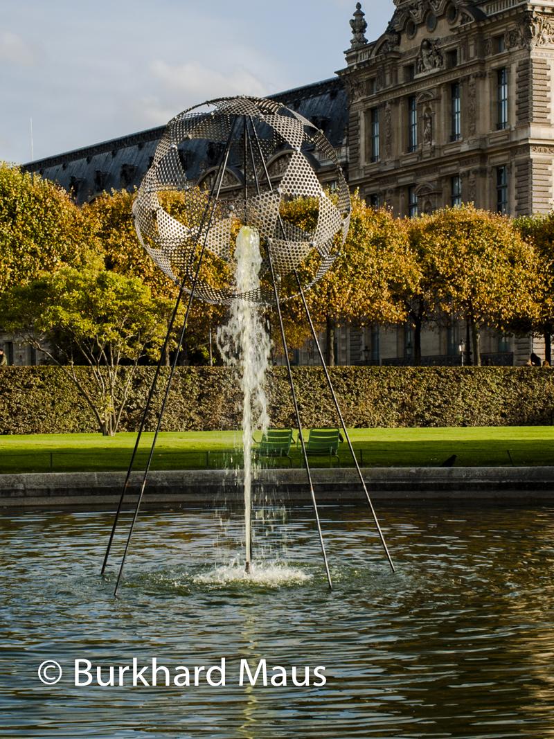 """Vladimir Skoda, """"Chasseur de fontaine"""", FIAC/Tuileries 2019/Tuileries, Jardin des Tuileries, Foire Internationale d'Art Contemporain (FIAC) 2019:"""