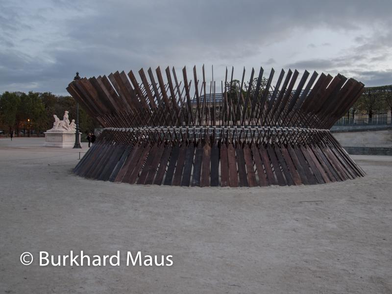 """Moataz Nasr, """"Sun Boat"""", FIAC/Tuileries 2019/Tuileries, Jardin des Tuileries, Foire Internationale d'Art Contemporain (FIAC) 2019:"""