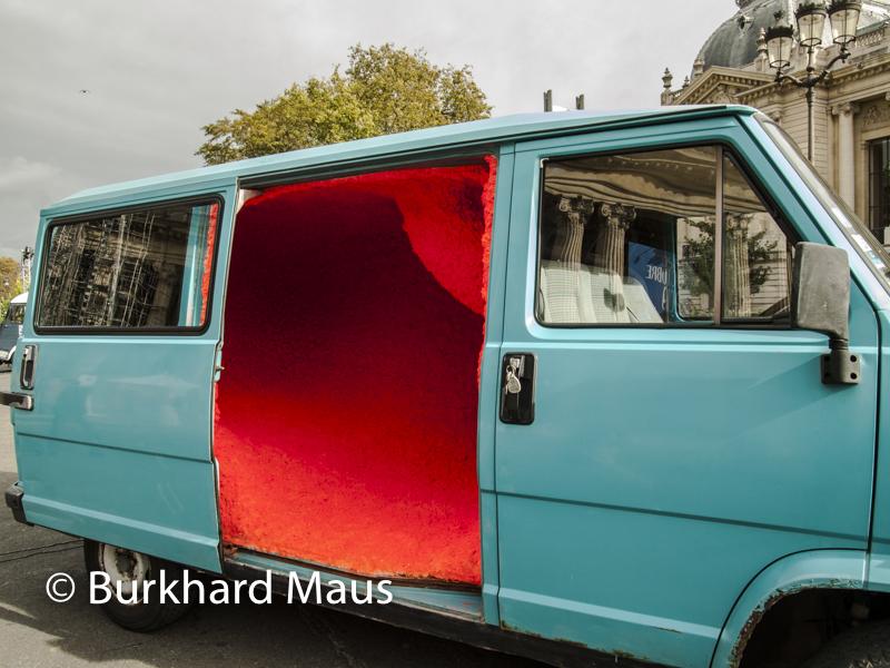 """Nicolas Momein ,Camion et laine de roche /Truck and rockwool, Diemsions variable /Variable dimensions"""", Foire Internationale d'Art Contemporain (FIAC) 2019"""