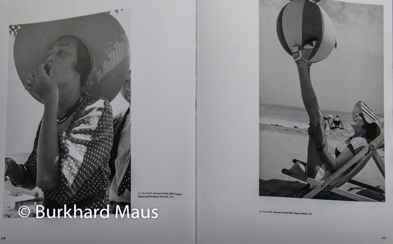 """Dr. Paul Wolff, """"Journey to Italy 1934, Oyster"""" (l.) (détail, """"Journey to Italy 1934, Pesaro.Beach"""" (r.), (détail), """"Licht und Schatten"""", Kehrer Verlag, Paris Photo 2019, Paris"""
