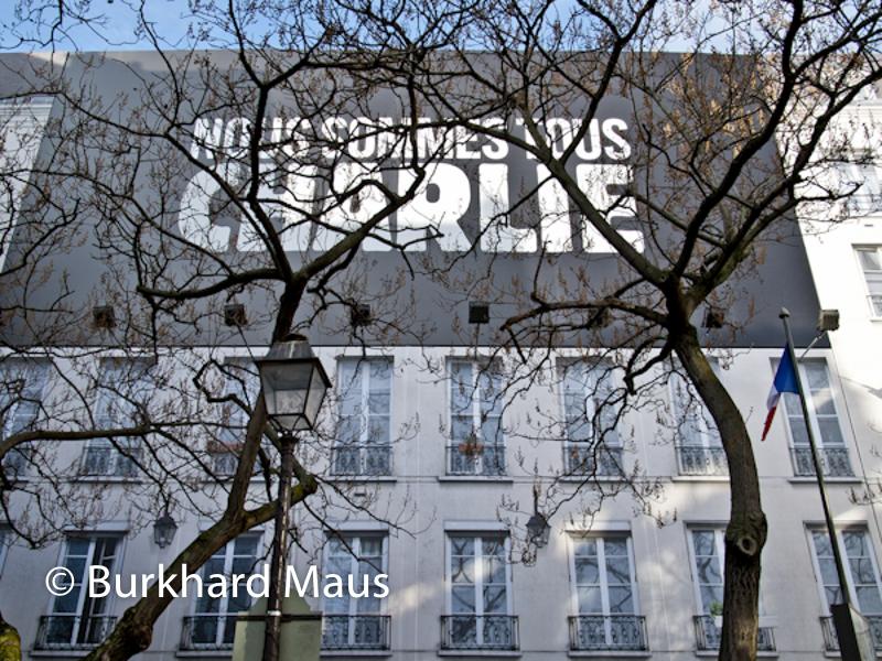 Pour Charlie Hebdo /Paris, Place Igor Stravinsky