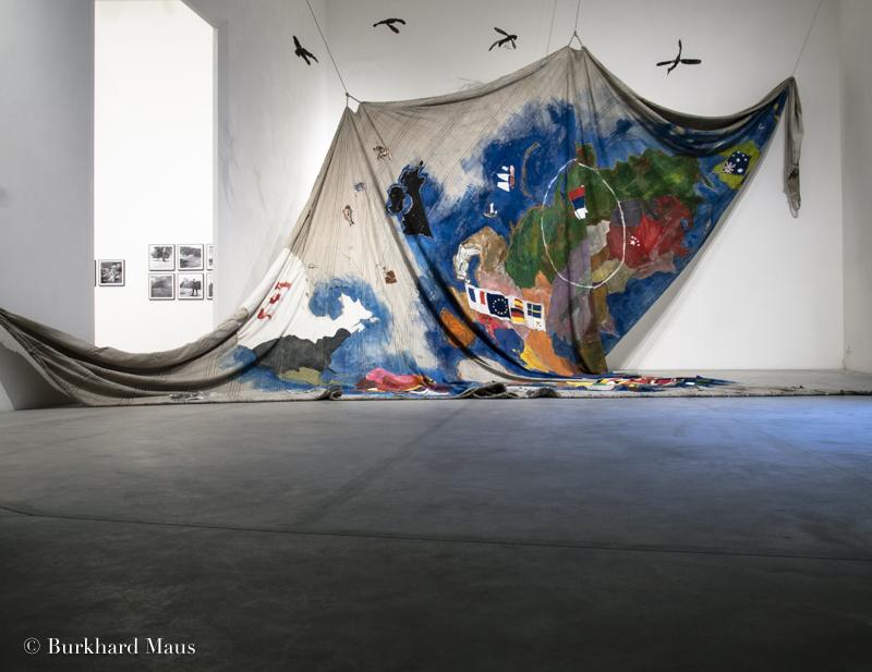 """Anna Boghiguian, """"Sail"""", Le Déracinement, z33 Huis voor Actuelle Kunst, Design & Architectuur, Hasselt"""