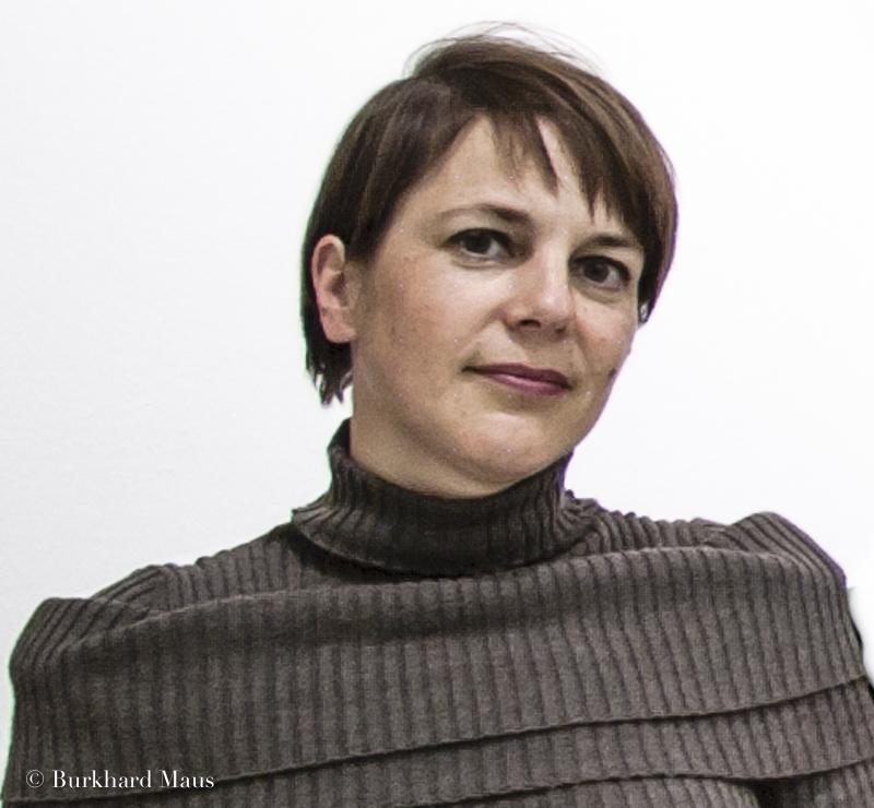 Anne-Marie Beckmann, Les femmes dans les arts